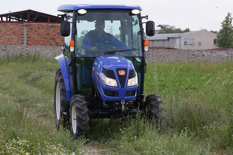 Iseki TG 6370 is specially developed for the needs of vegetable and fruit growers